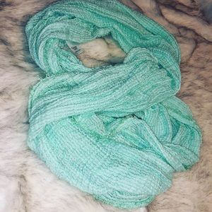 Luxuriously Soft Teal Infinity Scarf new!